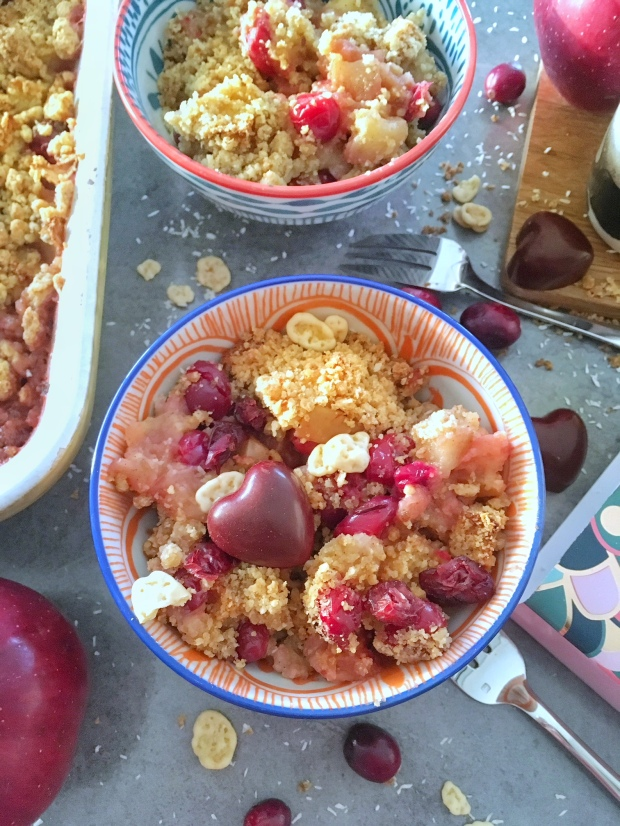 crumble-pommes-airelles-thegoodandthefood