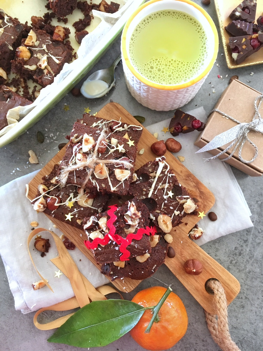 brownie chocolat noir, noisettes et épices de Noel